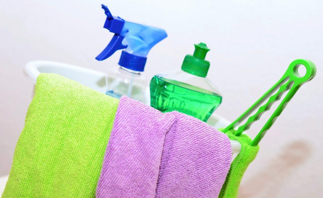 Boden Wischen Tipps Zur Reinigung Des Badbodens Badratgeber Com
