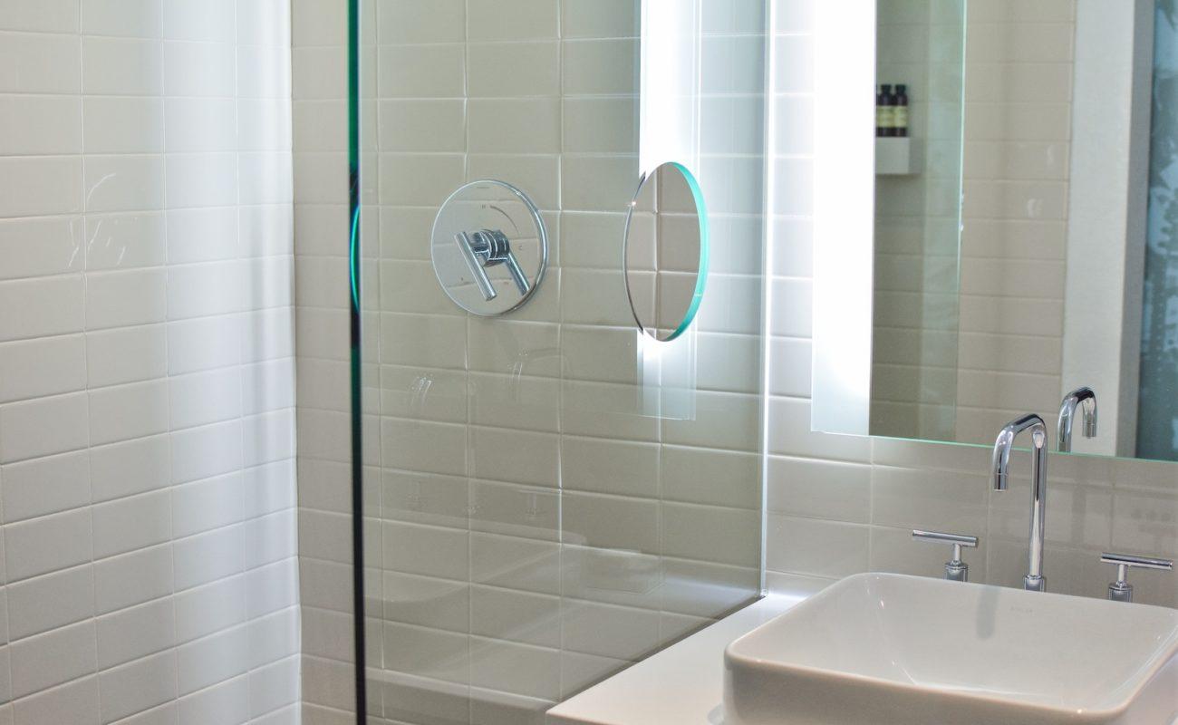 Abfluss In Der Dusche Stinkt Was Tun Badratgeber Com