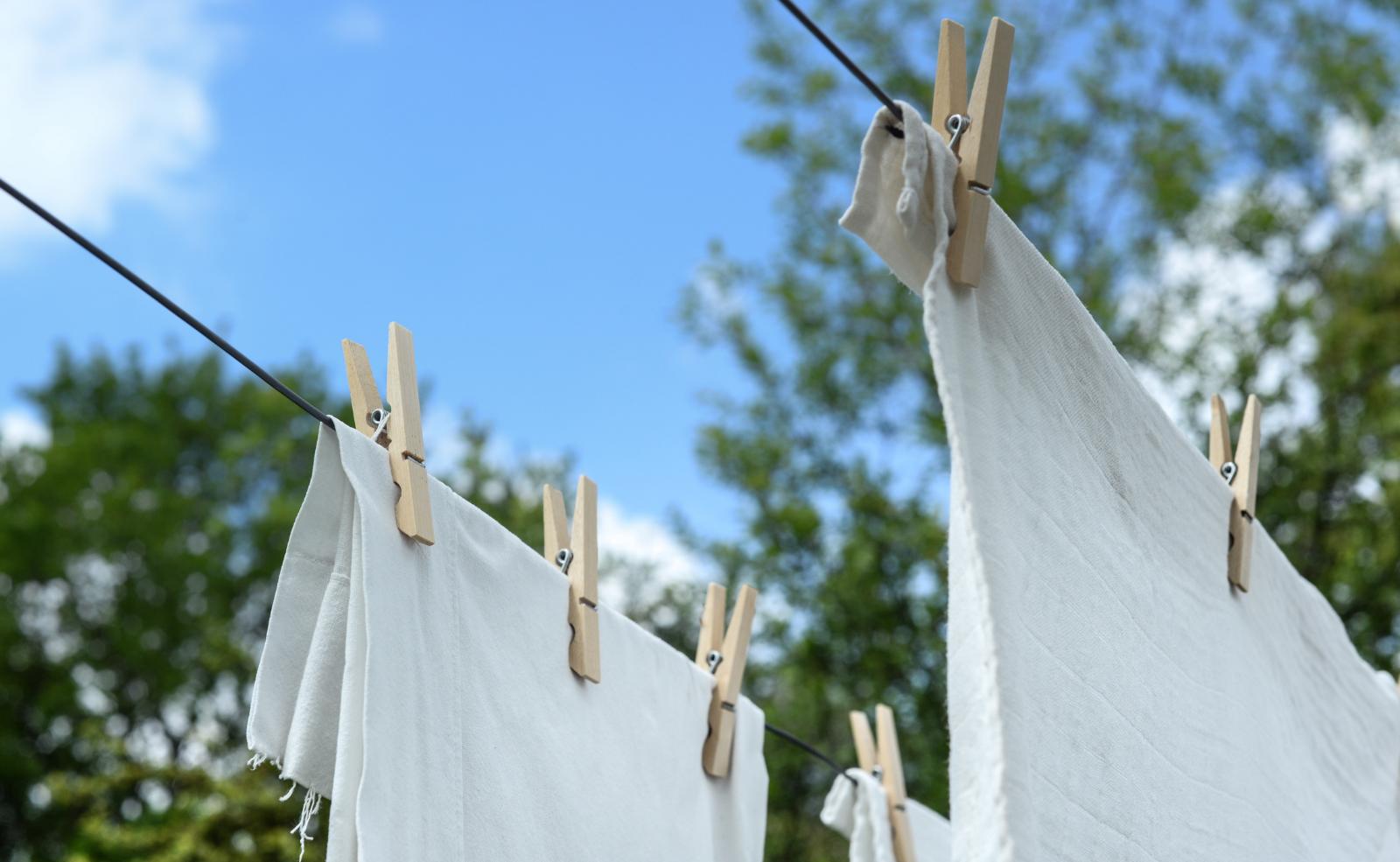 Was tun gegen verfärbte Wäsche?