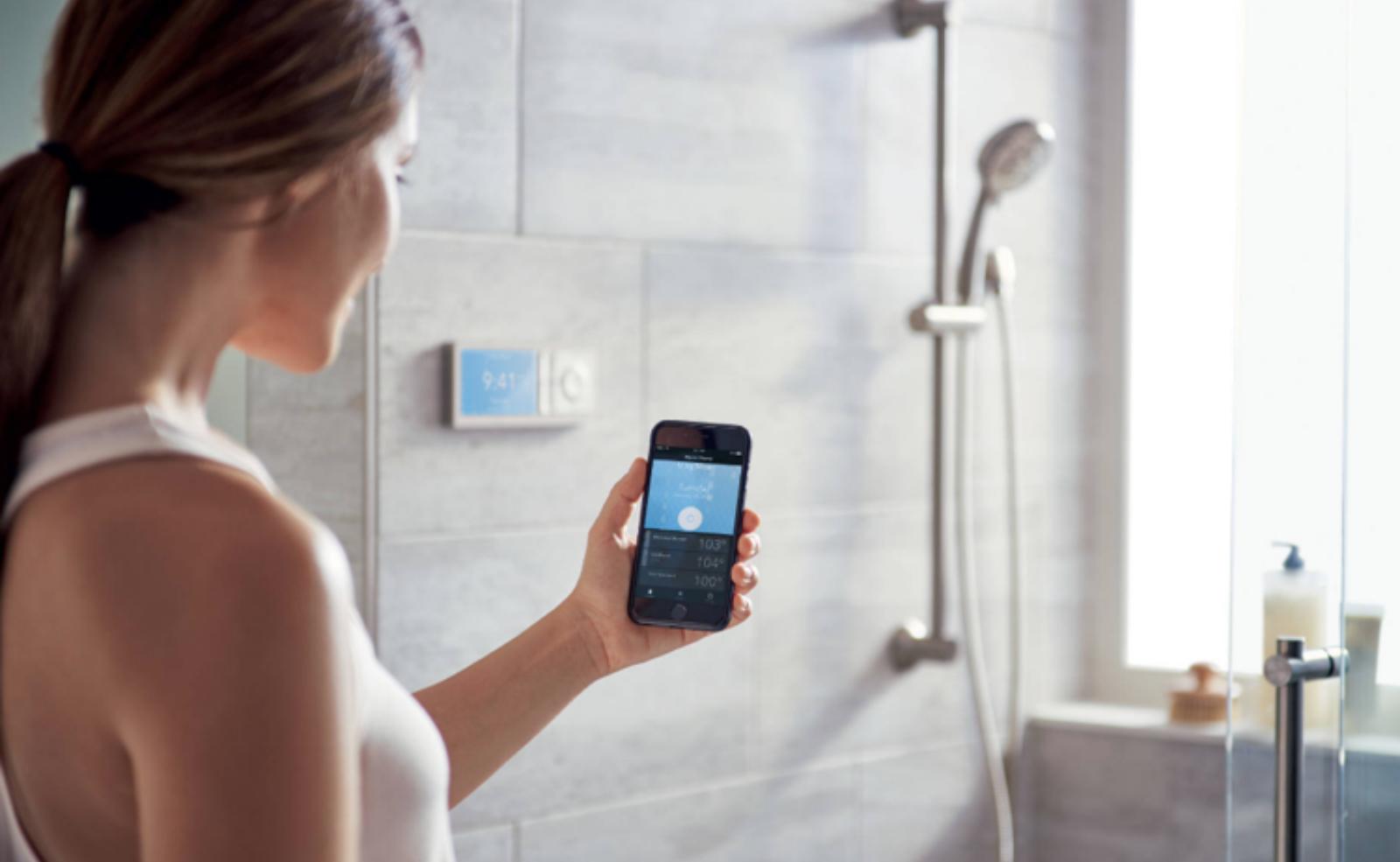 Smart Home kannst du auf verschiedenste Weise in dein Bad einplanen
