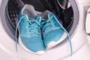 Schuhe in der Waschmaschine waschen: Anleitung und Tipps