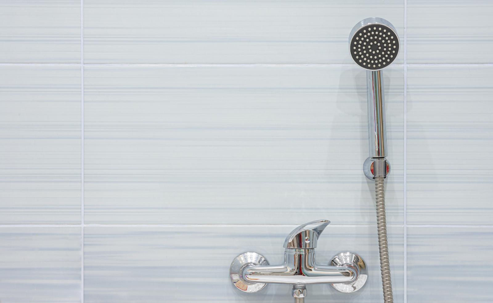 Mischbatterie in der Dusche tropft: Was tun?